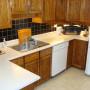 208 Holmwood kitchen1