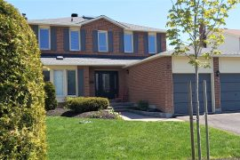 1363 Mountainside Cres.- Queenswood Heights